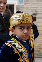 Beim Beschneidungsfest in der Altstadt Ichan Qala, Chiwa, Usbekistan, Asien<br /> boy at the celebration of circumcision in the  hitoric city Ichan Qala, Chiwa, Uzbekistan, Asia