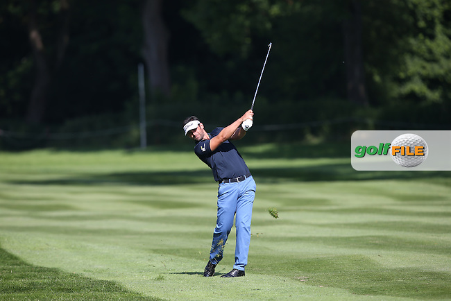 Lee Slattery (ENG) plays second shot to the 7th during Round One of the 2015 BMW International Open at Golfclub Munchen Eichenried, Eichenried, Munich, Germany. 25/06/2015. Picture David Lloyd | www.golffile.ie