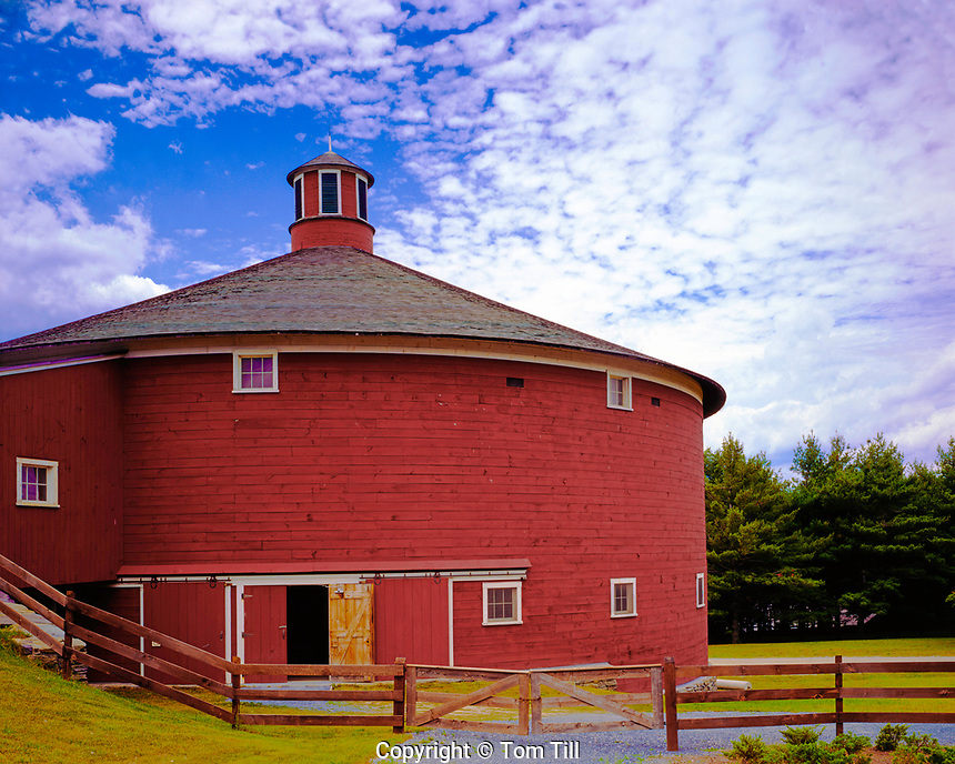 Round Barn Shelbourne, Vermont, near Lake Champlain, afternoon