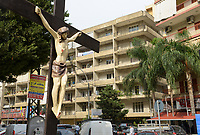 LEBNANON, Beirut, christian living quarter, cross with Jesus Christ / LIBANON, Beirut, christliches Wohnviertel