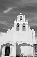 Mission San Juan facade
