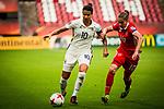 25.07.2017, Stadion Galgenwaard, Utrecht, NLD, Tilburg, UEFA Women's Euro 2017, Russland (RUS) vs Deutschland (GER), <br /> <br /> im Bild | picture shows<br /> Dzsenifer Marozsan (Deutschland #10) | (Germany #10) gegen Nadezhda Smirnova (Russland | Russia #10), <br /> <br /> Foto © nordphoto / Rauch