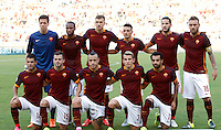 Calcio, Serie A: Roma vs Juventus. Roma, stadio Olimpico, 30 agosto 2015.<br /> Roma's players, from left, back row, Wojciech Szczesny, Seydou Keita, Edin Dzeko, Alessandro Florenzi, Kostas Manolas, Daniele De Rossi, front row, Iago Falque Miralem Pjanic Radja Nainggolan Lucas Digne  Mohamed Salah, pose prior to the start of the Italian Serie A football match between Roma and Juventus at Rome's Olympic stadium, 30 August 2015.<br /> UPDATE IMAGES PRESS/Riccardo De Luca