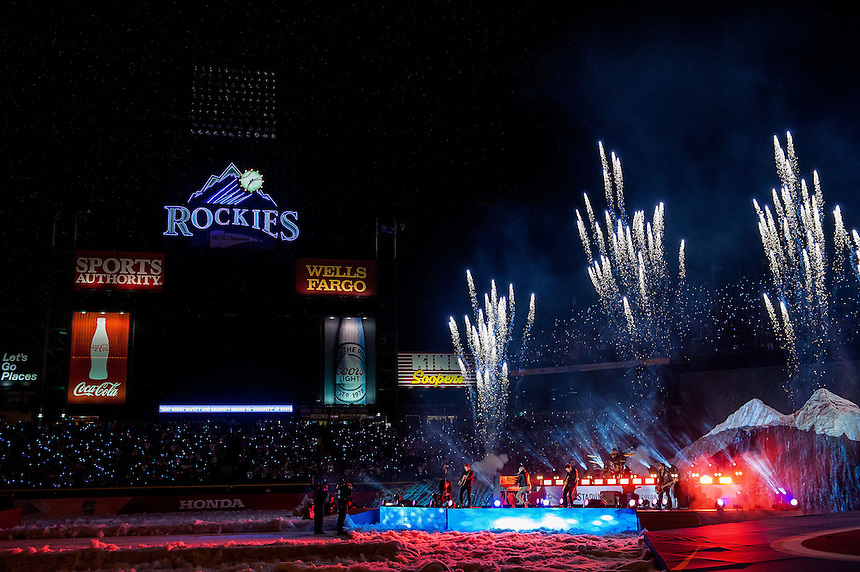 27 FEBRUARY 2016:  Colorado alternative rock band The Fray perform during the first intermission      during a NHL Stadium Series game between the Red Wings an Avalanche at Coors Field in Denver Denver, Colorado.  (Photo by Dustin Bradford/Icon Sportswire)