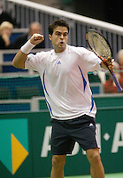 21-2-06, Netherlands, tennis, Rotterdam, ABNAMROWTT,   Braccali in jubilation after defeating Andreev