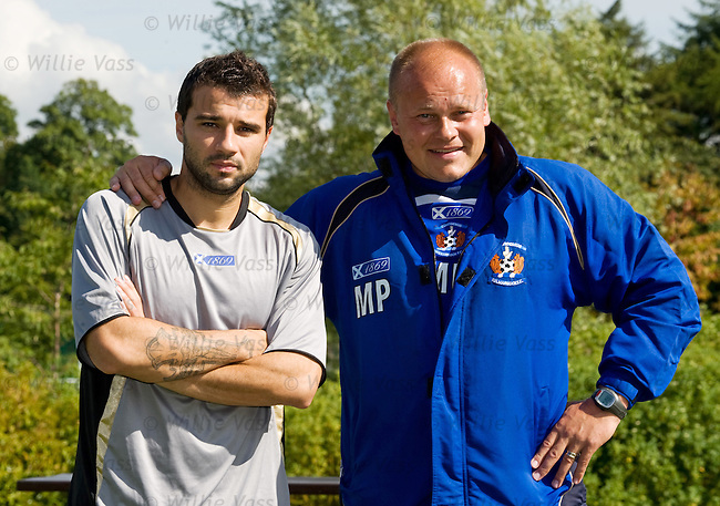New Kilmarnock signing, Russian born Finnish international Alexei Eremenko with Mixu Paatelainen after his first training session.**Friday for Saturday**