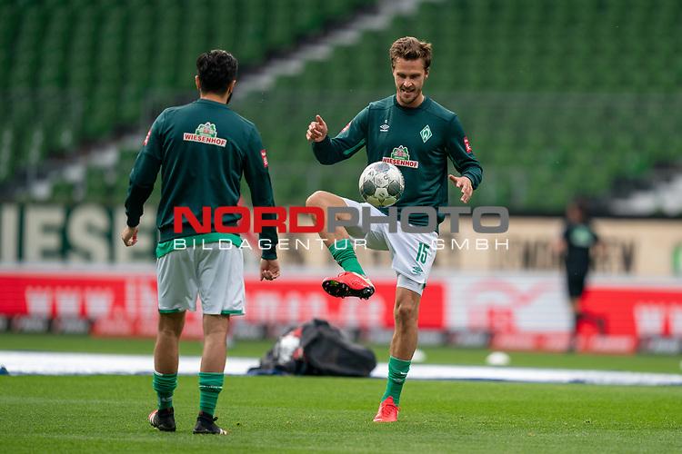 Nuri Sahin (Werder Bremen #17)<br /> Sebastian Langkamp (Werder Bremen #15)<br /> <br /> Sport: Fussball: 1. Bundesliga: Saison 19/20: <br /> 26. Spieltag: SV Werder Bremen vs Bayer 04 Leverkusen, 18.05.2020<br /> <br /> Foto ©  gumzmedia / Nordphoto / Andreas Gumz / POOL <br /> <br /> Nur für journalistische Zwecke! Only for editorial use!<br />  DFL regulations prohibit any use of photographs as image sequences and/or quasi-video.
