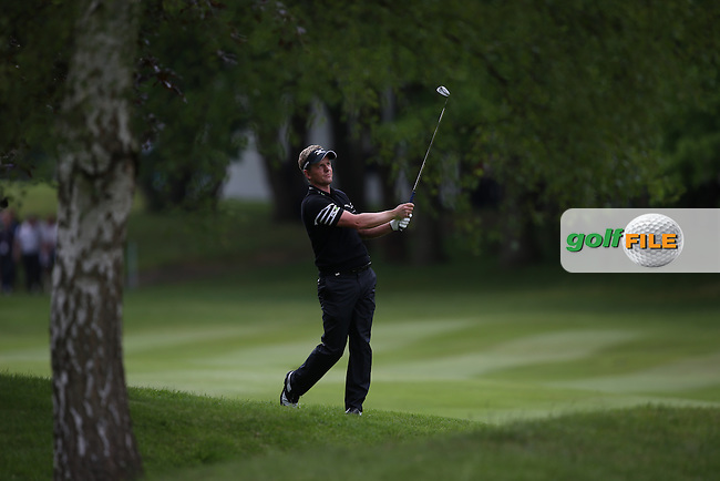 Dropped shots on the back nine spoilt the card for Luke Donald (ENG) during Round One of the BMW PGA Championship from Wentworth Golf Club, Virginia Waters, London, UK. Picture:  David Lloyd / www.golffile.ie