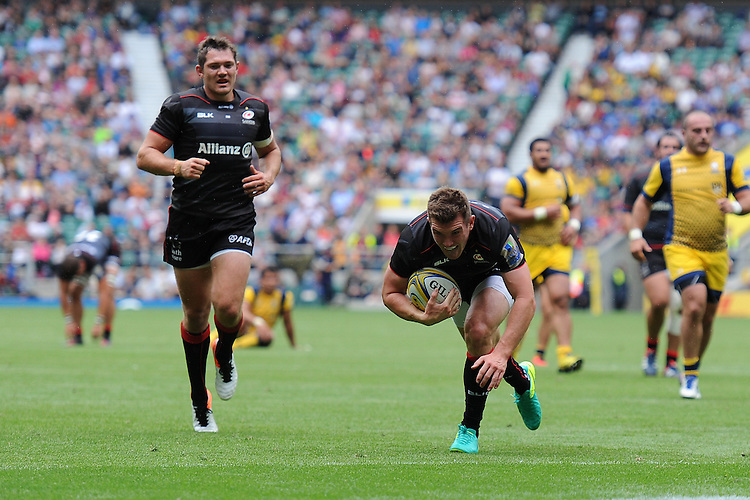 Ben Spencer of Saracens scores a try during the Aviva Premiership Rugby match between Saracens and Worcester Warriors at Twickenham Stadium on Saturday 03 September 2016 (Photo by Rob Munro/Stewart Communications)