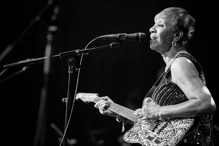 Barbara Lynn performs at the Ponderosa Stomp in New Orleans on October 06, 2017.