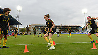 20180410 - FERRARA , ITALY : Belgian Kassandra Missipo , Tessa Wullaert and Davinia Vanmechelen (r) pictured during warming up ahead of the female soccer game between Italy and the Belgian Red Flames , the fifth game in the qualificaton for the World Championship qualification round in group 6 for France 2019, Tuesday 10 th April 2018 at Stadio Paolo Mazza / Stadio Comunale in Ferrara , Italy . PHOTO SPORTPIX.BE | DAVID CATRY