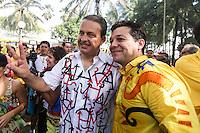 RECIFE, PE, 01.03.2014 - CARNAVAL / RECIFE / GALO DA MADRUGADA - <br /> O governador de Pernambuco, Eduardo Campos (PSB) e o prefeito de Recife Geraldo Julio durante café da manhã e concentração do Galo da Madrugada, maior bloco de carnaval do mundo, no centro de Recife, na manhã deste sábado (01). (Foto: William Volcov / Brazil Photo Press).