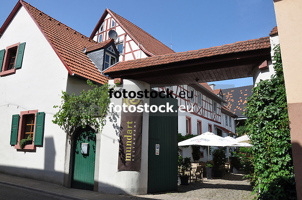 """Restaurant """"mundart"""" in einer alten Hofreite in Nieder-Saulheim"""