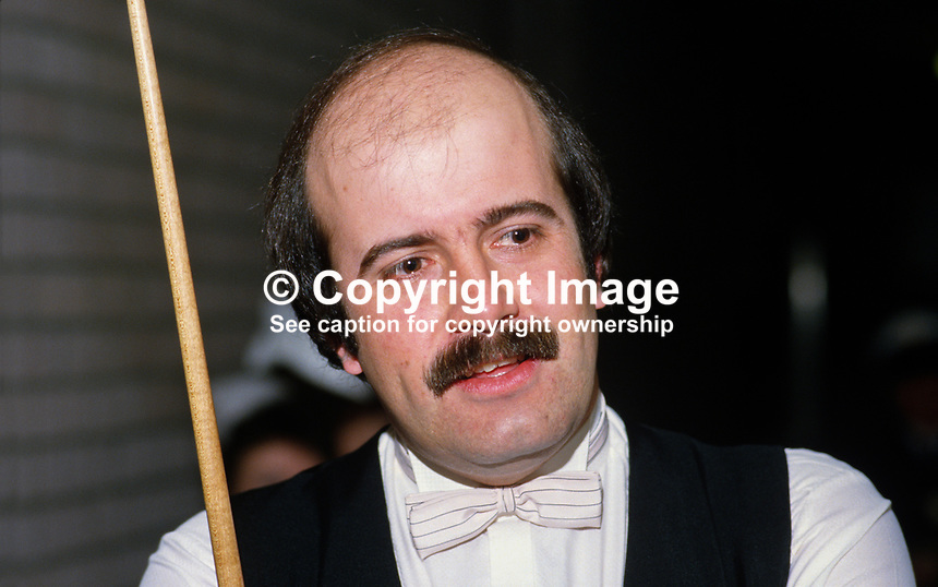 Willy Thorne, England, UK, snooker player, 19860304WT..Copyright Image from Victor Patterson, 54 Dorchester Park, Belfast, UK, BT9 6RJ..Tel: +44 28 9066 1296.Mob: +44 7802 353836.Voicemail +44 20 8816 7153.Skype: victorpattersonbelfast.Email: victorpatterson@mac.com.Email: victorpatterson@ireland.com (back-up)..IMPORTANT: If you wish to use this image or any other of my images please go to www.victorpatterson.com and click on the Terms & Conditions. Then contact me by email or phone with the reference number(s) of the image(s) concerned.