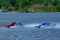 Frame 9: Final lap of heat race 2: Jeremiah Mayo (#8), Chris Hughes (#17)       (SST-45)