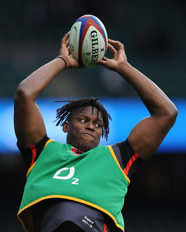 Maro Itoje of England warms up during the Old Mutual Wealth Series match between England and Argentina at Twickenham Stadium on Saturday 11th November 2017 (Photo by Rob Munro/Stewart Communications)