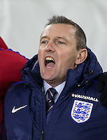 England U21 Caretaker Manager Aidy Boothroyd sings the National Anthem during the Under 21 International Friendly match between England and Italy at St Mary's Stadium, Southampton, England on 10 November 2016. Photo by Andy Rowland.