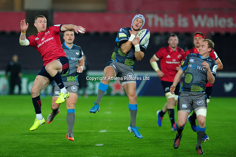 Hanno Dirksen of Ospreys I action during the Heineken Champions Cup Round 1 match between the Ospreys and Munster at the Liberty Stadium in Swansea, Wales, UK. Saturday 16th November 2019