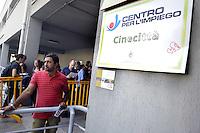Roma, Settembre 2009 .Centro per l'impiego di Cinecittà.In fila .Centre for the work  of Cinecittà.