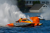 "Patrick Haworth, H-79 ""Bad Influence"", Bobby King, H-242    (H350 Hydro) (5 Litre class hydroplane(s)"