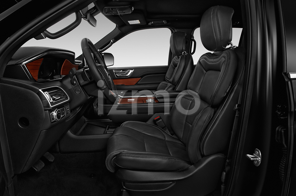 Front seat view of a 2019 Lincoln Navigator Select L Extended 4x2 5 Door SUV front seat car photos