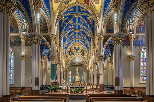 Oct. 27, 2014; Basilica of the Sacred Heart interior during Ordinary Time. (Photo by Matt Cashore/University of Notre Dame)