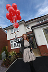 Sophie Evans visiting the Redrow show house at Alltwen Gardens, Pontardawe..16.03.13.© Steve Pope