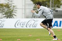 SAO PAULO, SP 24 JUNHO 2013 - TREINO CORINTHIANS - O jogador do Corinthians Chicão, treinou na manhã de hoje, 24, no Ct. Dr. Joaquim Grava, na zona leste de São Paulo. FOTO: PAULO FISCHER/BRAZIL PHOTO PRESS