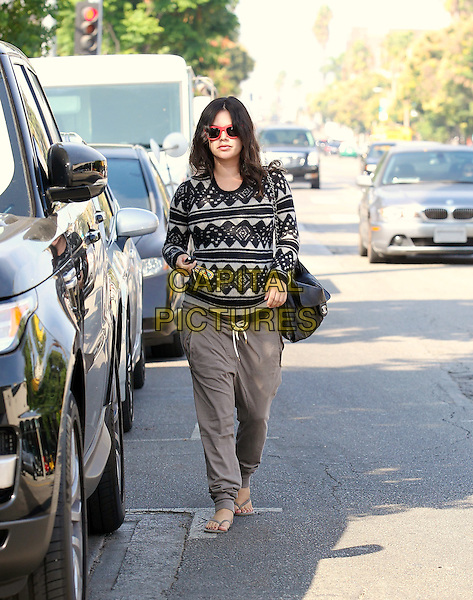 October 10 2014 Studio City California.  Rachel Bilson makes a stop at a spa and then does some shopping in Studio City  <br /> CAP/MPI/Misa<br /> &copy;Misa/MPI/Capital Pictures