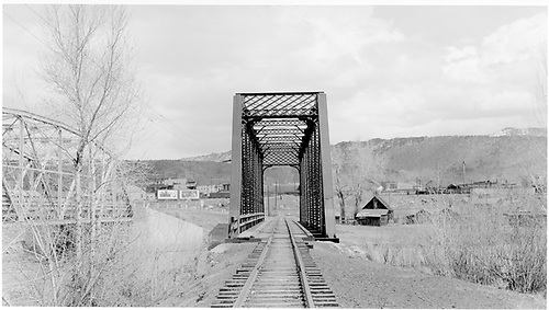 D&amp;RGW Animas River bridge from west.<br /> D&amp;RGW  Durango, CO  Taken by Peyton, Ernie S. - 3/1948