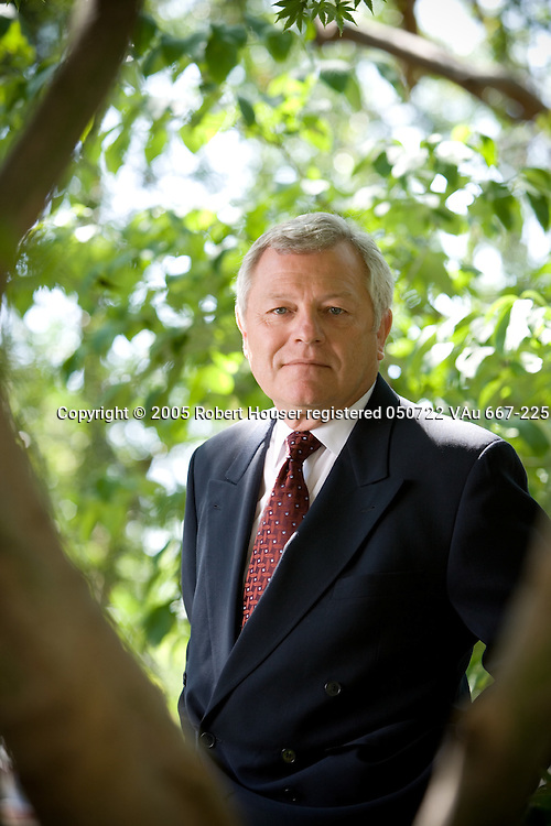 Keith Guericke - CEO - Essex Property Trust: Executive portrait photographs by San Francisco - corporate and annual report - photographer Robert Houser.