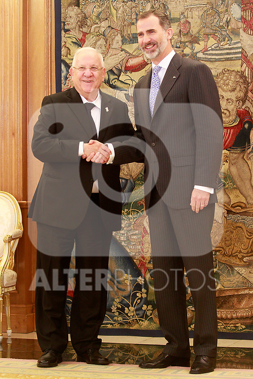 King Felipe VI of Spain receives Israeli President Reuven Rivlin for an official lunch at the Zarzuela Palace. November 6,2017. (ALTERPHOTOS/Acero)