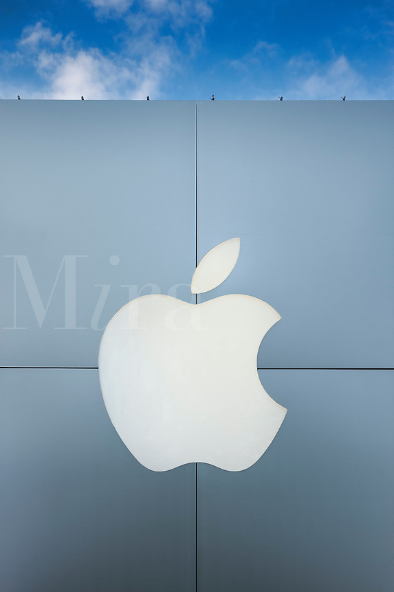 Exterior of an Apple Store with logo, Ardmore, Pennsylvania, USA