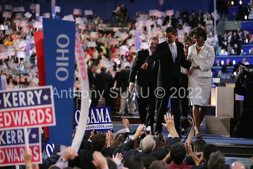 Boston, Mass..USA.July 27, 2004..Thee National Democratic Convention in Boston. Barack Obama, State Senator from Illinois, U.S. Senate.Candidate addresses the crowd.