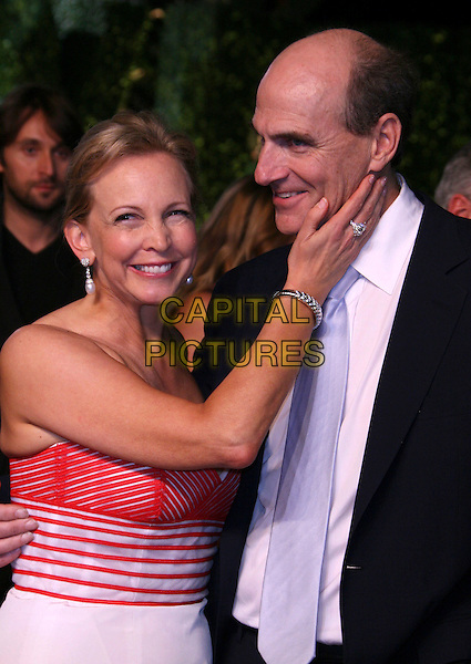 CAROLINE & JAMES TAYLOR.At the 2007 Vanity Fair Oscar Party held at Morton's, West Hollywood, CA, USA,.February 25th 2007..half length married husband wife.CAP/LNC/RIC.©LNC/Capital Pictures.