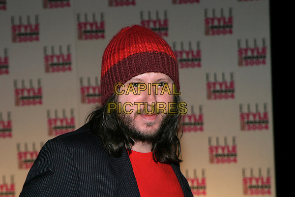 BADLY DRAWN BOY.Elle Style Awards 2004 at the Natural History Museum.16 February 2004.headshot, portrait, woolly hat, beard.www.capitalpictures.com.sales@capitalpictures.com.© Capital Pictures.
