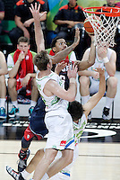 Slovenia's Zoran Dragic (l) and Domen Lorbek (r) and USA's Derrick Rose during 2014 FIBA Basketball World Cup Quarter-Finals match.September 9,2014.(ALTERPHOTOS/Acero)