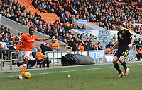 Blackpool's Donervon Daniels under pressure from Oxford United's Josh Ruffels<br /> <br /> Photographer Kevin Barnes/CameraSport<br /> <br /> The EFL Sky Bet League One - Blackpool v Oxford United - Saturday 23rd February 2019 - Bloomfield Road - Blackpool<br /> <br /> World Copyright © 2019 CameraSport. All rights reserved. 43 Linden Ave. Countesthorpe. Leicester. England. LE8 5PG - Tel: +44 (0) 116 277 4147 - admin@camerasport.com - www.camerasport.com