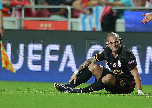 03.11.2015. Lisbon, Portugal.  UEFA Champions League Group C football match between Benfica and Galatasaray at Estadio da Luz Stadium in Lisbon, Portugal. Wesley Sneijder of Galatasaray unhappy with the result