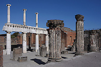 Colonnade around the Forum, Pompeii, 2nd century BC of two-storey colonnaded porticoes with Doric columns