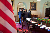 Washington, DC - August 18, 2009 -- United States President Barack Obama confers with advisors after a working lunch with President Hosni Mubarak of Egypt in the Cabinet Room of the White House, August 18, 2009.Mandatory Credit: Pete Souza - White House via CNP