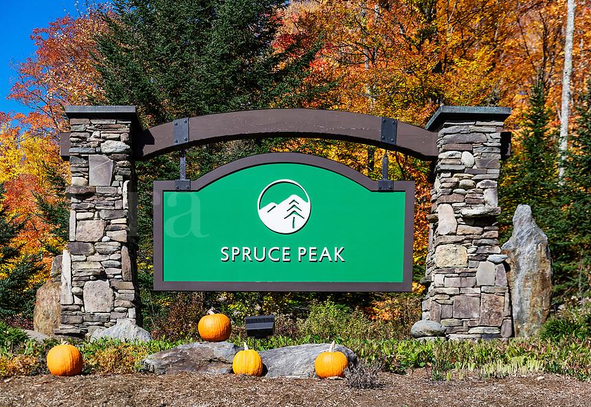Spruce Peak Ski Resort, Stowe, Vermont, USA.
