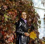 Alyona Belyak - soviet and russian film and theater actress. | Алена Игоревна Беляк - cоветская и российская актриса театра и кино.