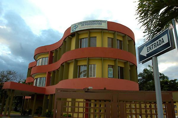 Vista del Colegio Dominicano de Periodistas (CDP) ubicado en Av. George Washington Esq. Dr. Horacio Vicioso, Centro de los H&Atilde;&copy;roes, Santo Domingo, Rep&Atilde;&ordm;blica Dominicana.<br /> 03/12/2008<br /> Foto : &Acirc;&copy; Roberto Guzman