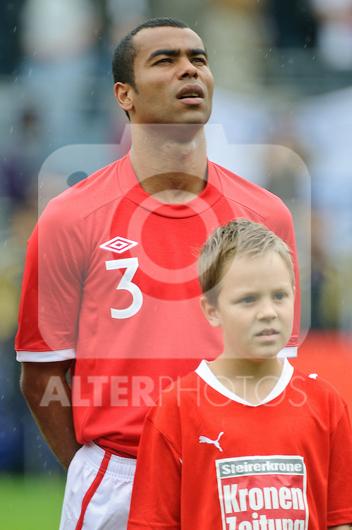 30.05.2010, UPC Arena, Graz, AUT, WM Vorbereitung, Japan vs England, im Bild Ashley Cole, England, EXPA Pictures © 2010, PhotoCredit: EXPA/ S. Zangrando