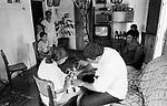 Doutor cuida de pessoas doentes da cidade de Afogados Ingazeira, estado de Pernambuco,
