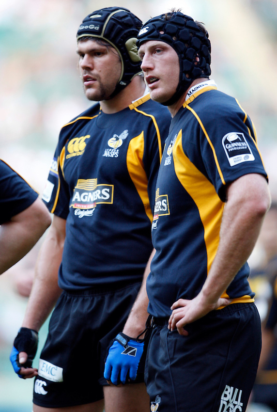 Photo: Richard Lane/Richard Lane Photography..London Wasps v Saracens. Guinness Premiership. 15/09/2007. .Wasps' Tom Palmer and Richard Birkett (rt).