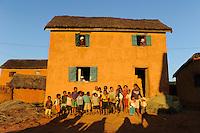 MADAGASCAR Morarano , clay houses in village / MADAGASKAR Dorf Morarano , Lehmhaeuser