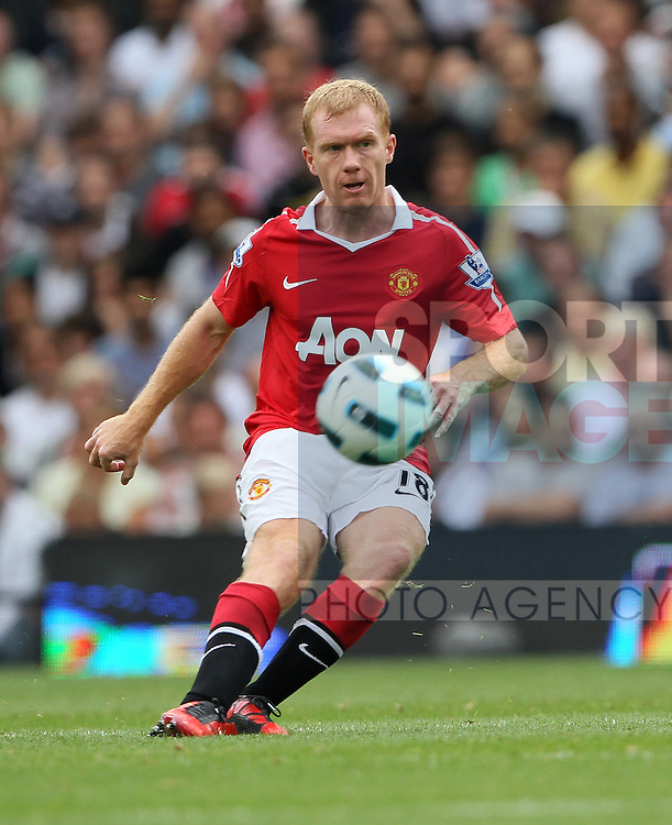 Manchester United's Paul Scholes in action