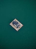 Die schwimmende Kirche VINETA auf dem Störmthaler See bei Leipzig von oben (26.06.2011) - sie dient als Denkmal an die der Kohle zum Opfer gefallenen Ortschaften - genutzt wird sie als Veranstaltungsort und man kann in ihr heiraten - mit einem Amphibienfahrzeug gelangt man von der Magdeborner Halbinsel zu dem schwimmenden Gotteshaus. !!! Luftbild 100% Honoraraufschlag !!! Foto: aif / Stefan Nöbel-Heise